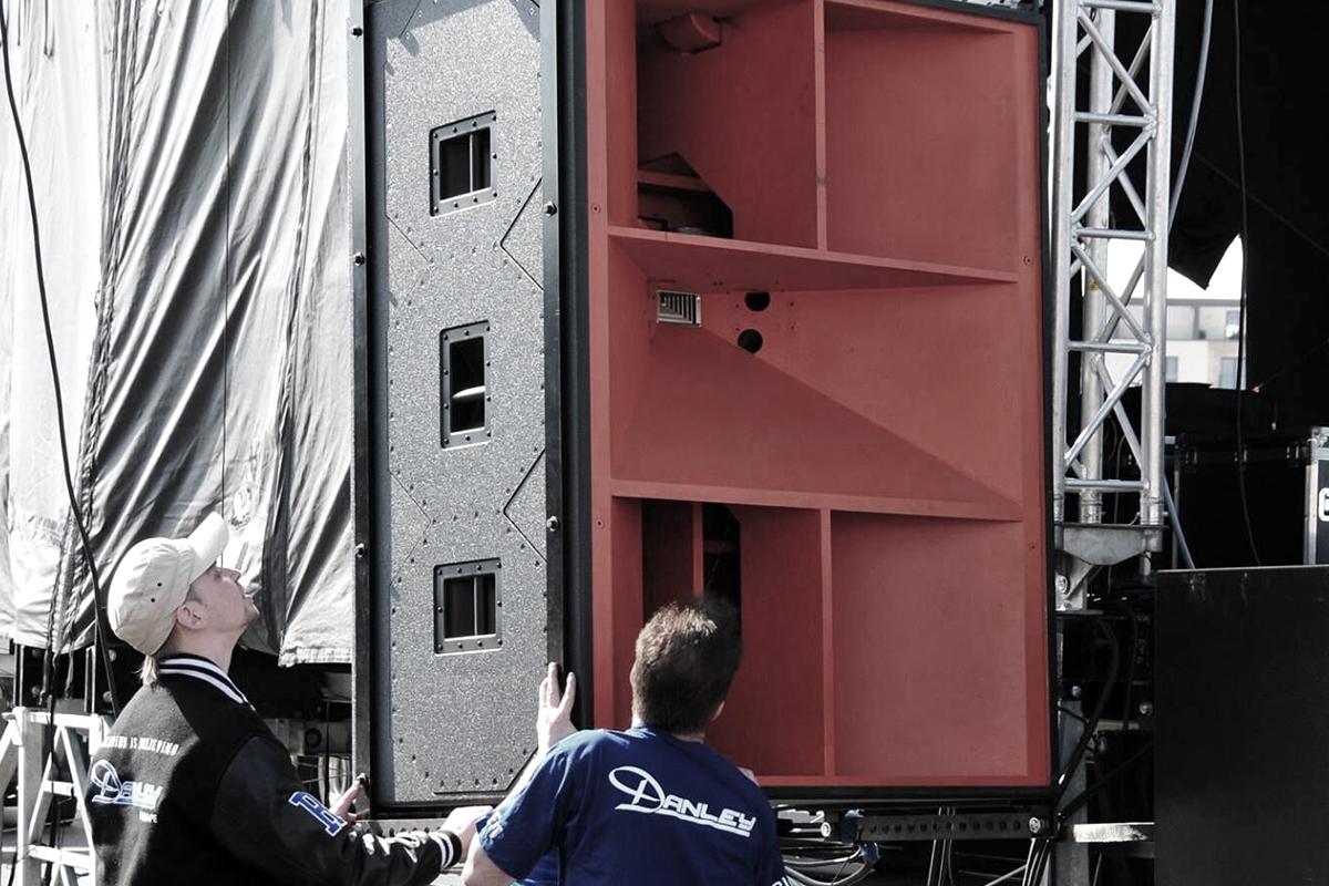 Danley Sound Labs J1 og J3 - Arena Akustikk